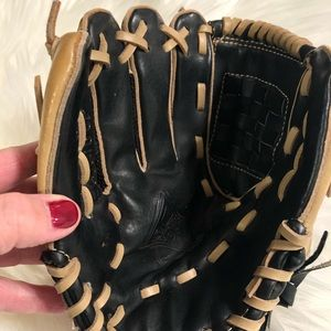 """Child's Adidas right handed ball glove. 10"""""""